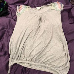 Women's knit sleeve top